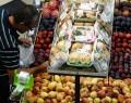 Alimentos e eletrodomésticos puxam alta do varejo, diz IBGE